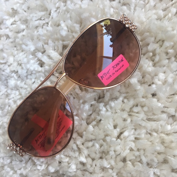 d3c72e076d9d Betsy Johnson Aviator SunGlasses